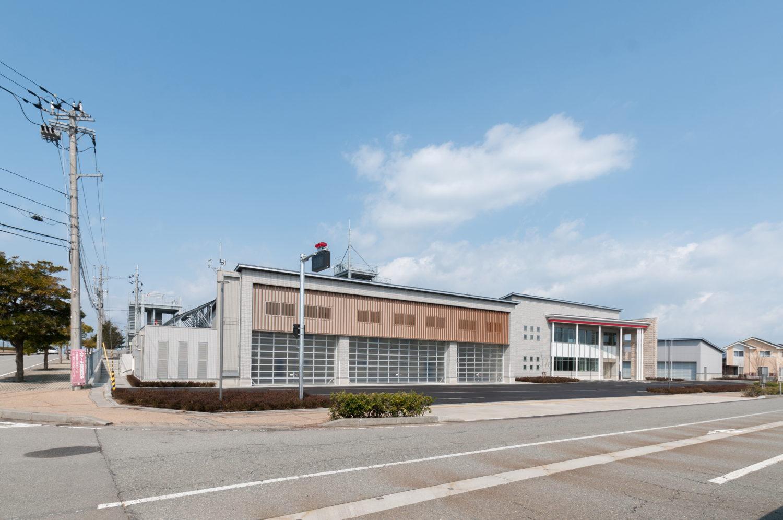 内灘町消防庁舎